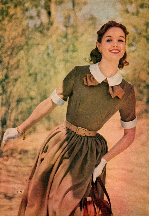 theniftyfifties:  Dress fashion from the Simplicity Pattern Book - Fall-Winter, 1957.