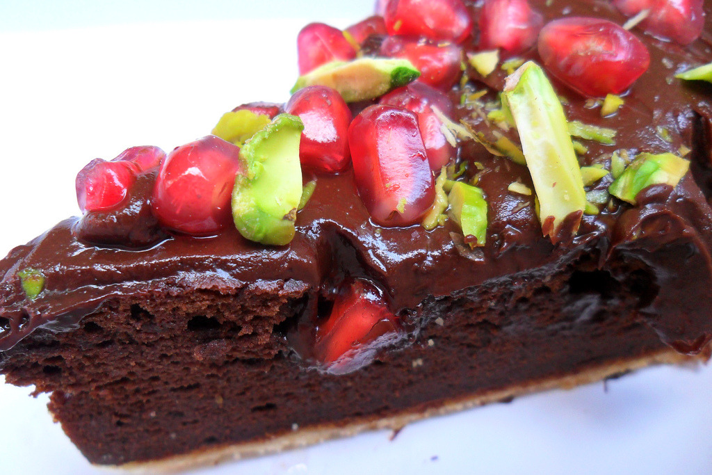 dark choc pomegranate cake (by SweetLittleTooth)