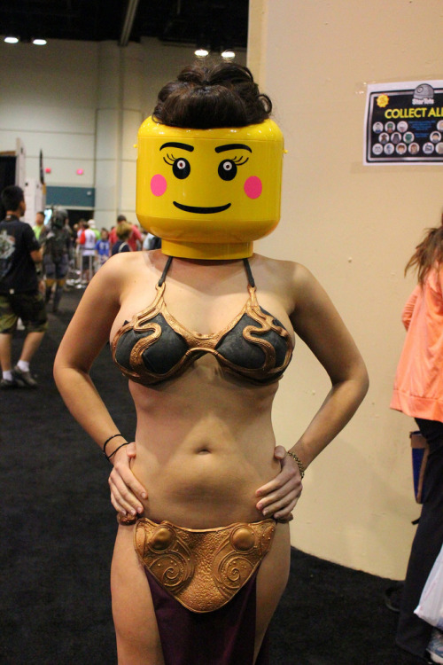LEGO Slave Leia - Star Wars Celebration VI (by insidethemagic)