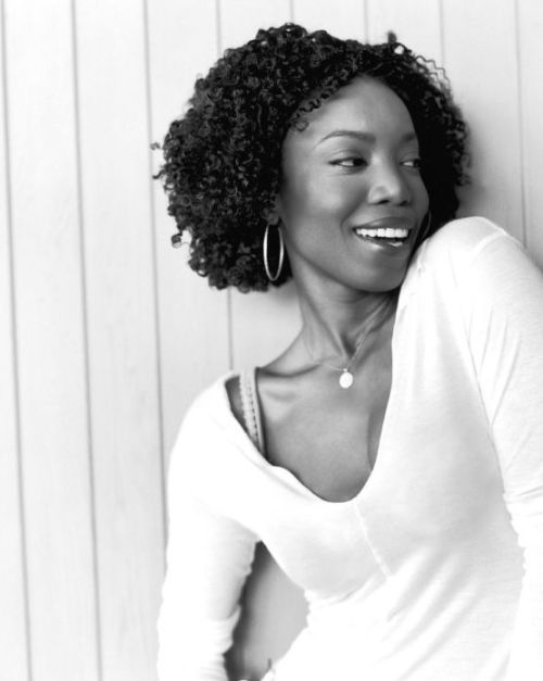jus-trini-tings:  Heather Headley, born on October 5, 1974 is a Trinidadian-American R&B and soul singer, songwriter, record producer, and actress. She has won one Tony Award and one Grammy Award to date and her career is only really just building steam. -Express Trinidad
