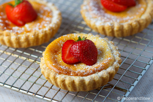 South African Milk tart – Melktert Recipe: http://www.pepperandstew.co.uk/2012/08/27/south-african-milk-tart-melktert/