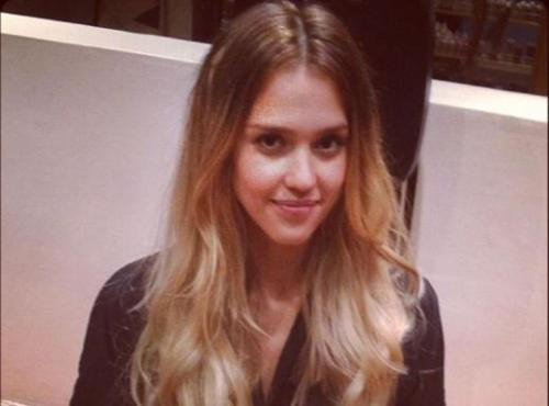 Jessica Alba took to Twitter to reveal her new blonde look! Jessica Alba has gone blonde with large, visible roots for her upcoming role as stripper Nancy in the sequel to Sin City. What do you think? love the blonde or hate it?