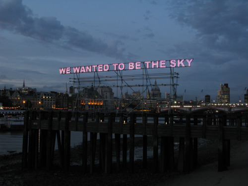 showslow:  Commissioned for Glastonbury Festival, We Wanted To Be The Sky by Tim Etchells is a 15.5m long work, featuring over 700 decolight 'fairground' lenses with high power LEDs.