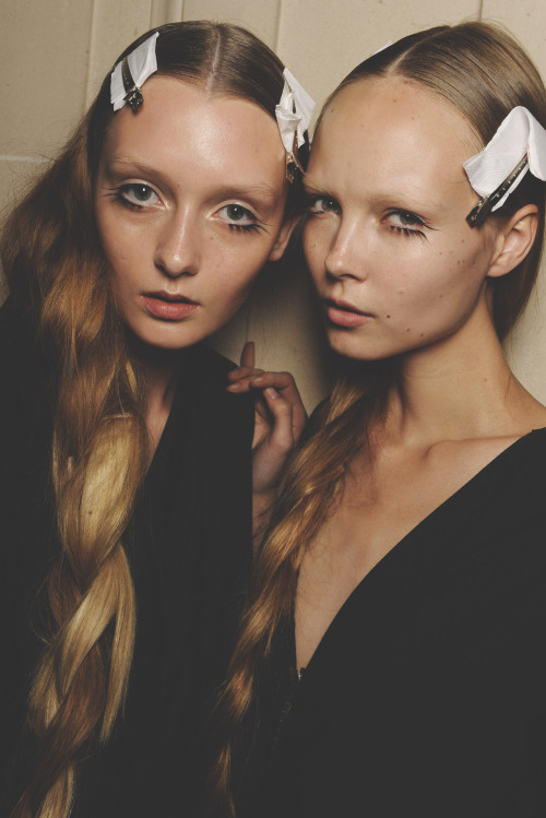 somethingvain:  miu miu s/s 2010 rtw, kristy kaurova and alexa yudina backstage