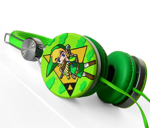 Hum that Zelda theme with these rocking custom headphones Sure, you could get some regular old headphones from just about anywhere… but what if you want something a little different; special even? Then Ketchupize has you covered with their hand-painted custom headphones. Featuring Link, some rather awesome looking Pokemon ones and even the lovable Companion Cube. They also have some sweet Pac-man shades that I'm quite fond of — pure 80s style.