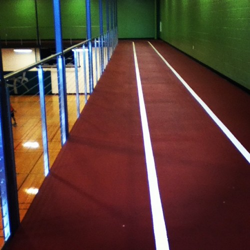 Suspended indoor running track at the USF Campus Recreation Center. (source: rmiller1519)