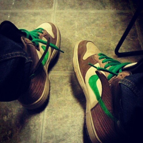 #nikesb #nike #dunks #dunk #kicks #sneakers #dope #fresh #swag #nikeswag #shoesoftheday #shoes  (Taken with Instagram)