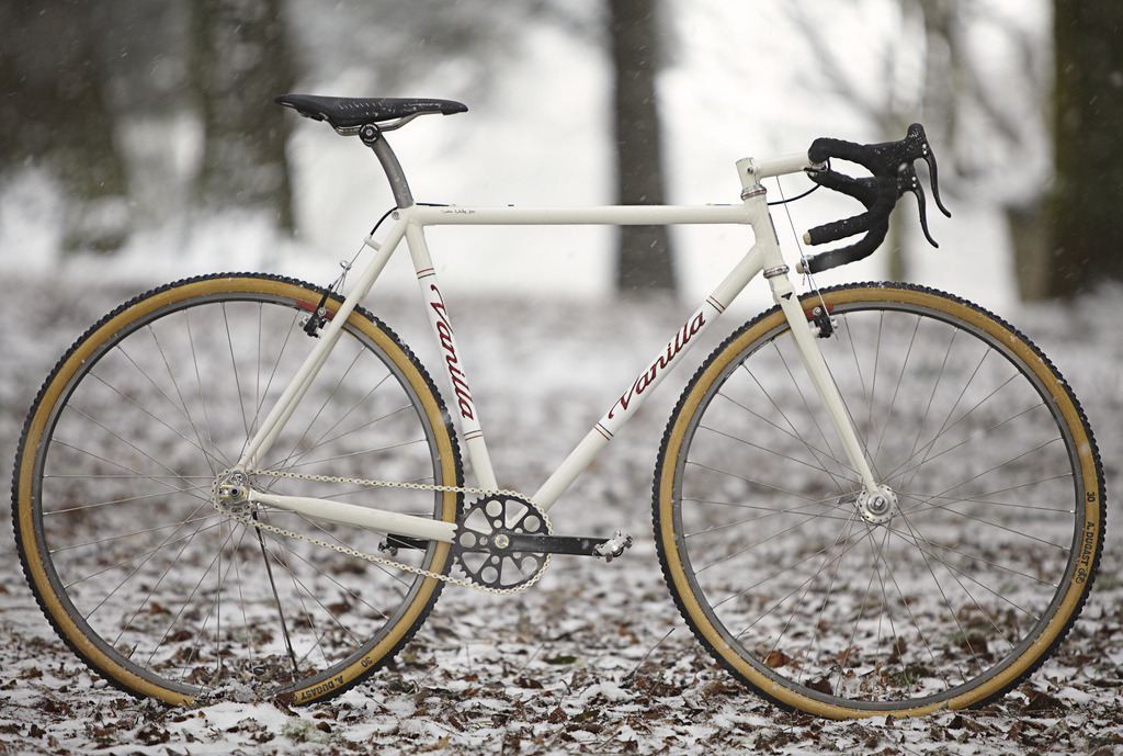 Vanilla Cream Cross Bike (by Vanilla Workshop)