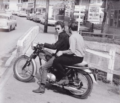 cmsii:  Bob Dylan and his '64 Triumph Tiger. What a beaut.