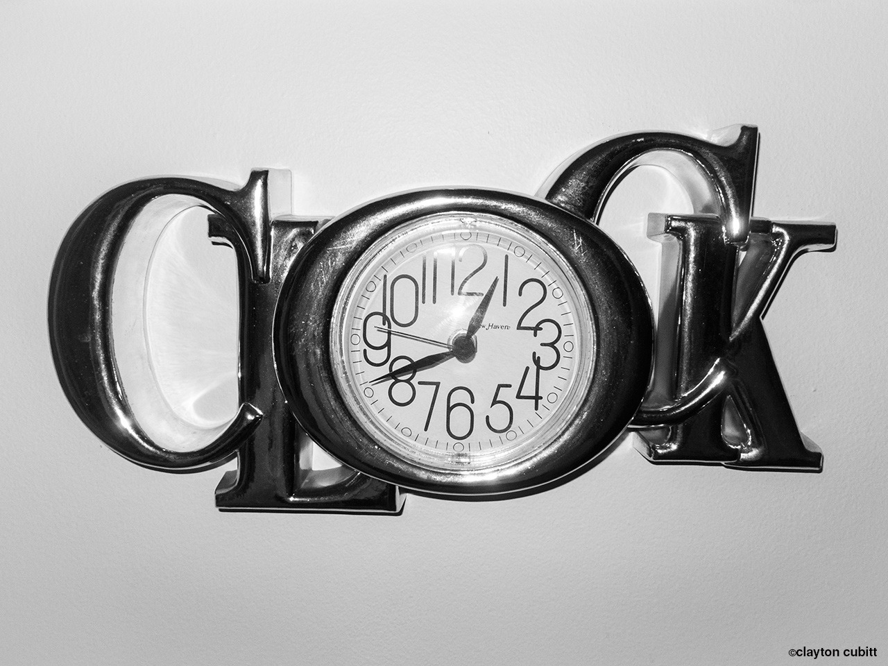 "Aunt Betty's ""clock"" clock, Minneapolis   (3229)"