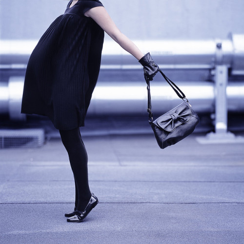 elin & bag by a_bergman on Flickr.