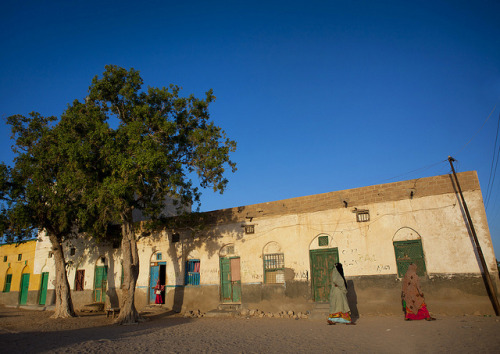 People Outside A Former Ottoman Empire House, Berbera  Somaliland by Eric Lafforgue on Flickr.