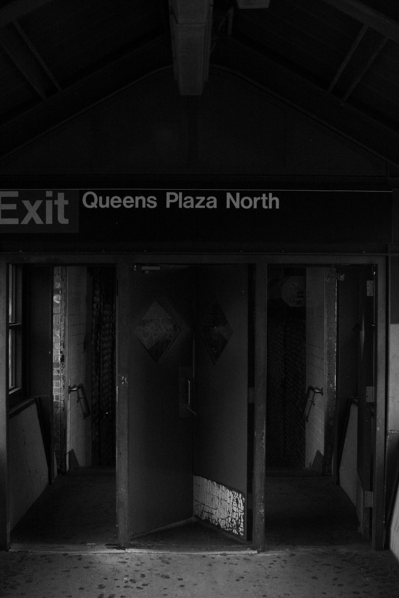 Queens Plaza North