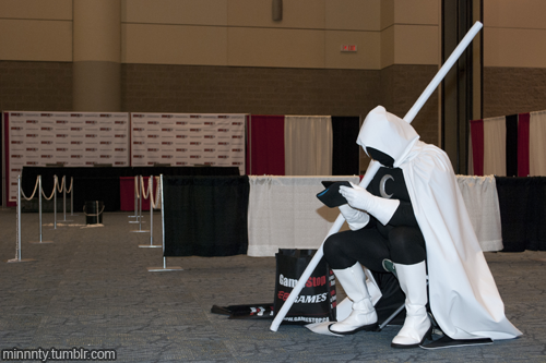 Moon Knight looking for Marc Spector's ID card at Fan Expo 2012.
