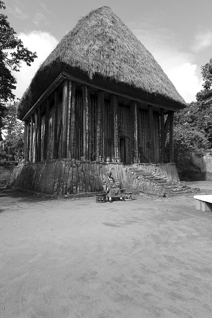Fon Abumbi II. de Bafut, Northwest Province, Cameroon by Alfred Weidinger on Flickr.