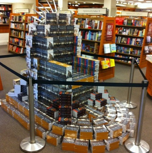 inebriatedpony:  thomhiddles:  Throne of books of game of thrones. Nailed it.  By the old gods and the new, it's beautiful.