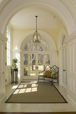 persephonesbox:  Love the arches detail and high ceilings