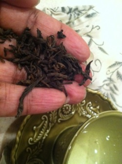 (via Tea Affirmations: Pu-erh (time keeps on tickin') | lola zabeth)
