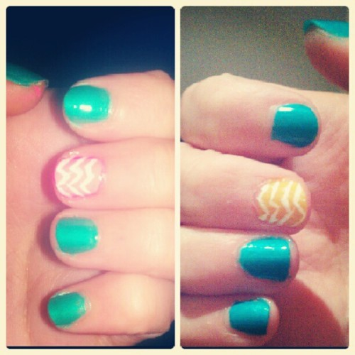 oh. hey, #cute #nails. (:  (Taken with Instagram at Flats at Cotton Council)