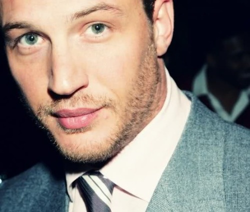 Tom Hardy. Tom Hardy. Tom Hardy. Need I say more?!