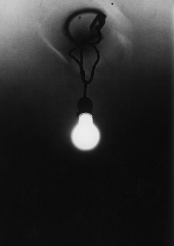 Eye-Candy Monday: Lightbulb by Daido Moriyama