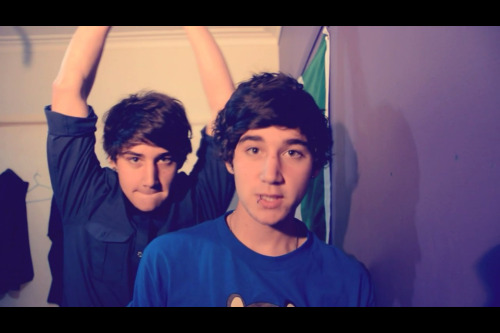 Jai Looks like he's going to knock Luke out ahahah :P