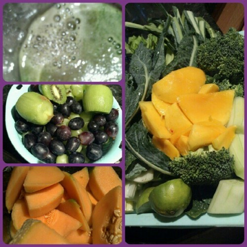 Oh sO #deliciOSO!!! #kale #broccoli #celery #cucumber #lime #mango #cantaloupe #kiwi #blackgrapes #greengrapes. #juicing #crazyjuicer #juicehead #fruits #veggies #foodporn #nofilter (Taken with Instagram)