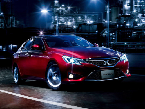 This is the 2013 Toyota Mark X. This is Toyota's hidden gem that they only sell in Japan.