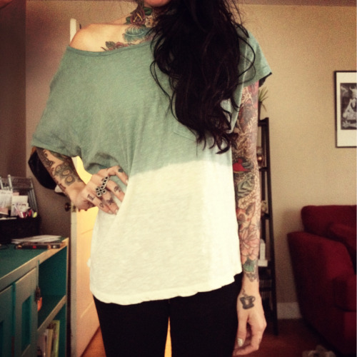 Dip dyed this old top. Green!!!