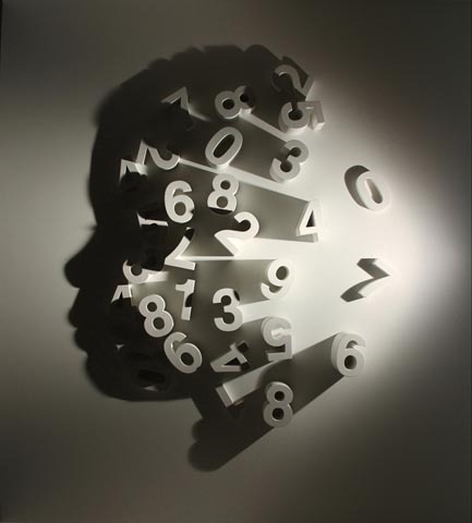 Outstanding Art Inspiration Clever light-shadow installations by New York-based artist Kumi Yamashita. The artist is using a single light source for his artistic shadow installations. via: WE AND THE COLORFacebook // Twitter // Google+ // Pinterest