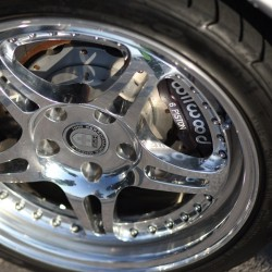 We know these #wheels don't have much lip, but yo… Look at the #calipers! #6piston #brakes #wheelwednesday  (Taken with Instagram)