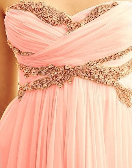 this is beyond gorgeous, it's practically the perfect prom dress..looks so similar to the pink jcrew dress that i have adored since forever ♥