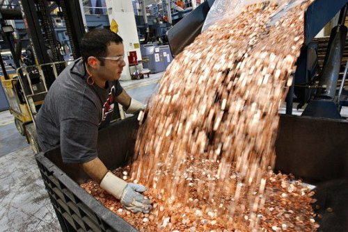 "nickastig:  Samsung Pays Apple $1 Billion Sending 30 Trucks Full of 5 Cents Coins More than 30 trucks filled with 5-cent coins arrived at Apple's headquarters in California. Initially,  the security company that protects the facility said the trucks were in the wrong place, but minutes later, Tim Cook (Apple CEO) received a call from Samsung CEO explaining that  they will pay $1 billion dollars for the fine recently ruled against the South Korean company in this way. The funny part is that the signed document does not specify a single payment method, so Samsung is entitled to send the creators of the iPhone their billion dollars in the way they deem best.  This dirty but genius geek troll play is a new headache to Apple executives as they will need to put in long hours counting all that money, to check if it is all there and to try to deposit it crossing fingers to hope a bank will accept all the coins. Lee Kun-hee, Chairman of Samsung Electronics, told the media that his company is not going to be intimidated by a group of ""geeks with style"" and that if they want to play dirty, they also know how to do it.  You can use your coins to buy refreshments at the little machine for life or melt the coins to make computers, that's not my problem, I already paid them and fulfilled the law. A total of 20 billion coins, delivery hope to finish this week.  Let's see how Apple will respond to this.   Yes!!! Oh this makes me so very happy!"