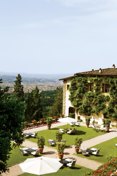 condenasttraveler:  Luxury in Florence | Villa San Michele, Fiesole  ahhh! nancy would be lovin it