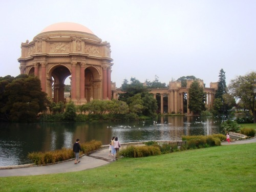 Travel pic of the day: the Palace of Fine Arts in San Francisco.