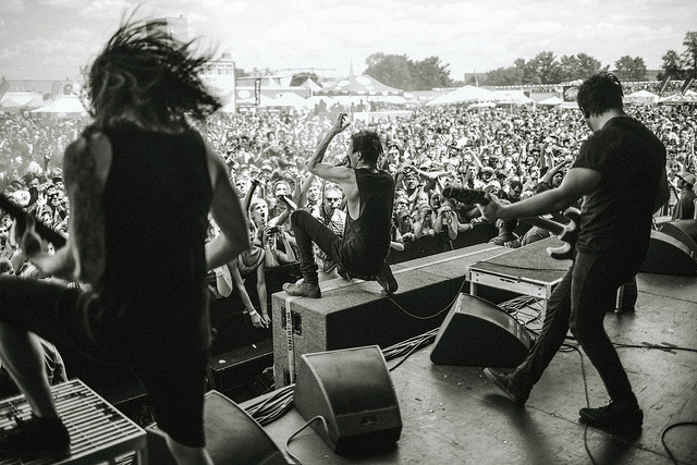 getonyouurkneez:  Of Mice & Men by Matt Vogel on Flickr.