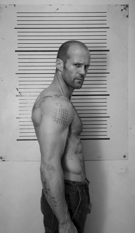 allisforgivenwaterunderbridges:  Jason Fucking Statham