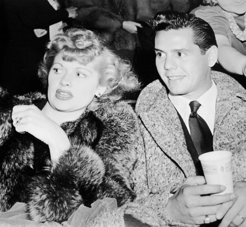 heckyeahlucydesi:  Lucille Ball and Desi Arnaz, 1941