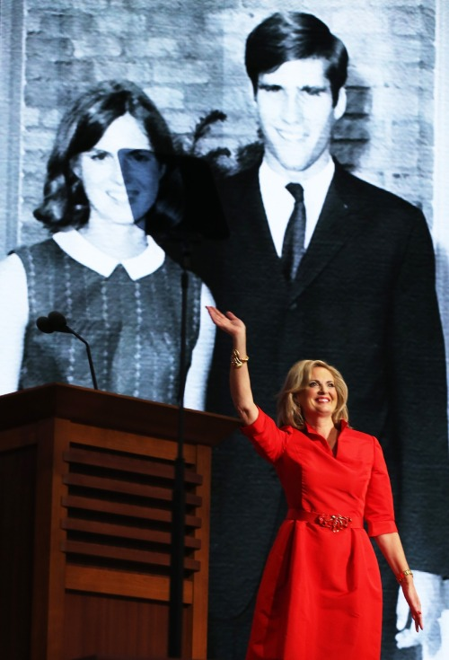 Ann Romney wore (what else?) Republican red to last night's RNC address. It's also Oscar de la Renta, a designer Michelle Obama has yet to wear. Sly fashion wars? We love it.
