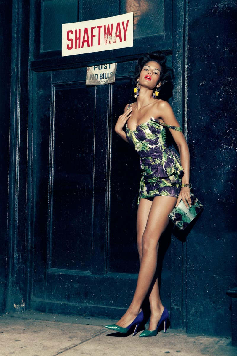 Maybe Tonight Fashion Gone Rogue Cris Urena por Alexander Neumann. Estilismo de Christine de Lassus. ….. Cris Urena by Alexander Neumann. Styling by Christine de Lassus.