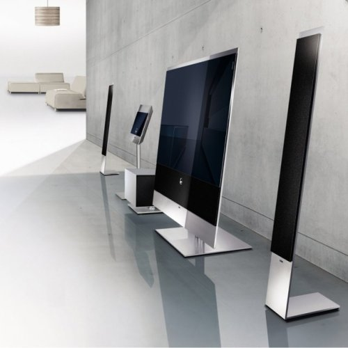 Things I Love: Reference 52 Flat TV by Loewe