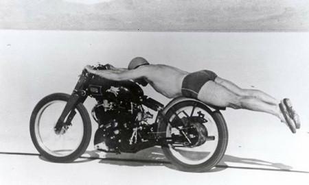 Hehe… #funny#lol#lolz#lols#funnies#vintage#nudeguy#nude#guy#man#racer#helmet#jocks#trunks#swimmers#what#whut#motorcycle#oldschool#peterstevens#motorcycles#harleyheaven#Melbourne#adelaide#australia