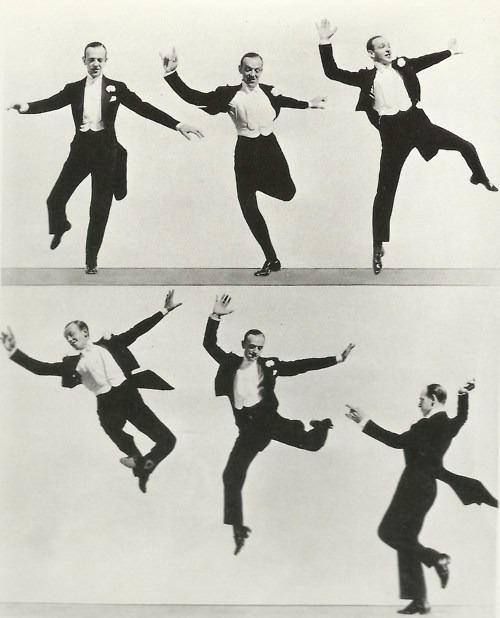 linenforsummertweedforwinter:  giantbeard:  FredAstaire Style in movement.  Dressed up and dancing.