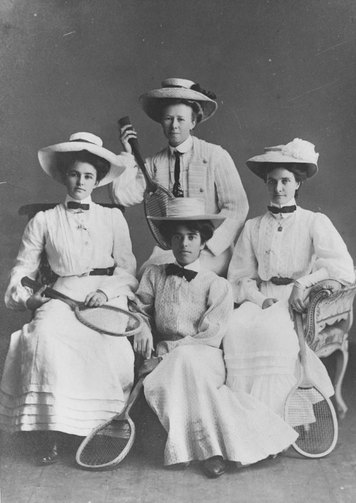 Studio portrait of four female tennis players, 1907 (from State Library of Queensland)