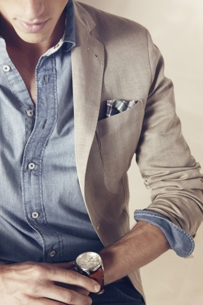 Looking good can be casual. A simple cotton linen blazer can go a long way. Consider solid colored blazers to be staple pieces. They can be worn from day to night, if you're living the right kind of life. Throw on a funky pocket square coupled with a light button down and you are ready to go! Look could be worn with chinos, or jeans. Got to love versatility.