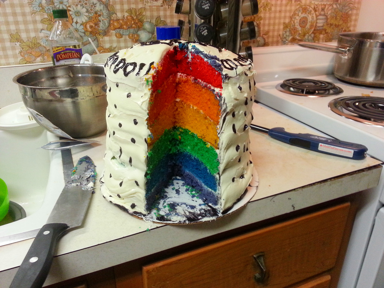 That badass cake from Lindsey's Birthday. :3