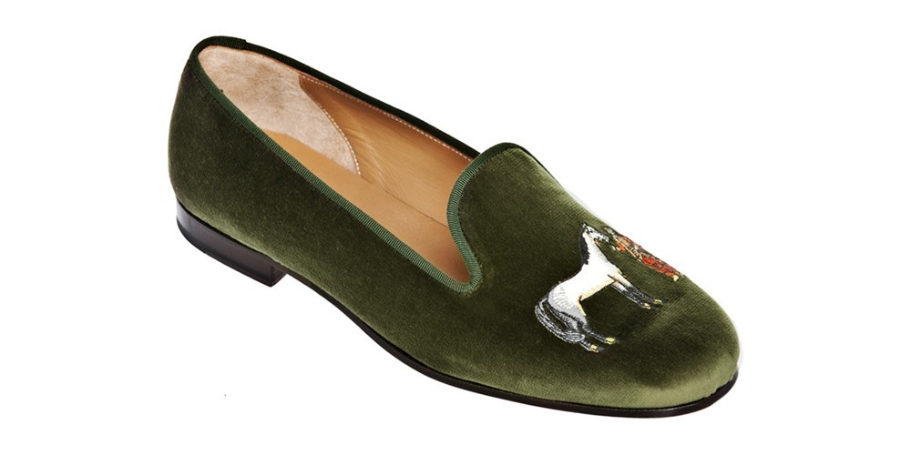 The Fall is coming and classics continue into the new season. They may not be warm but their green velvet gives exudes the warmth of a well used study. These Fall slippers bring a warm look to any evening outfit or daytime expression. Stubbs and Wootton 450$