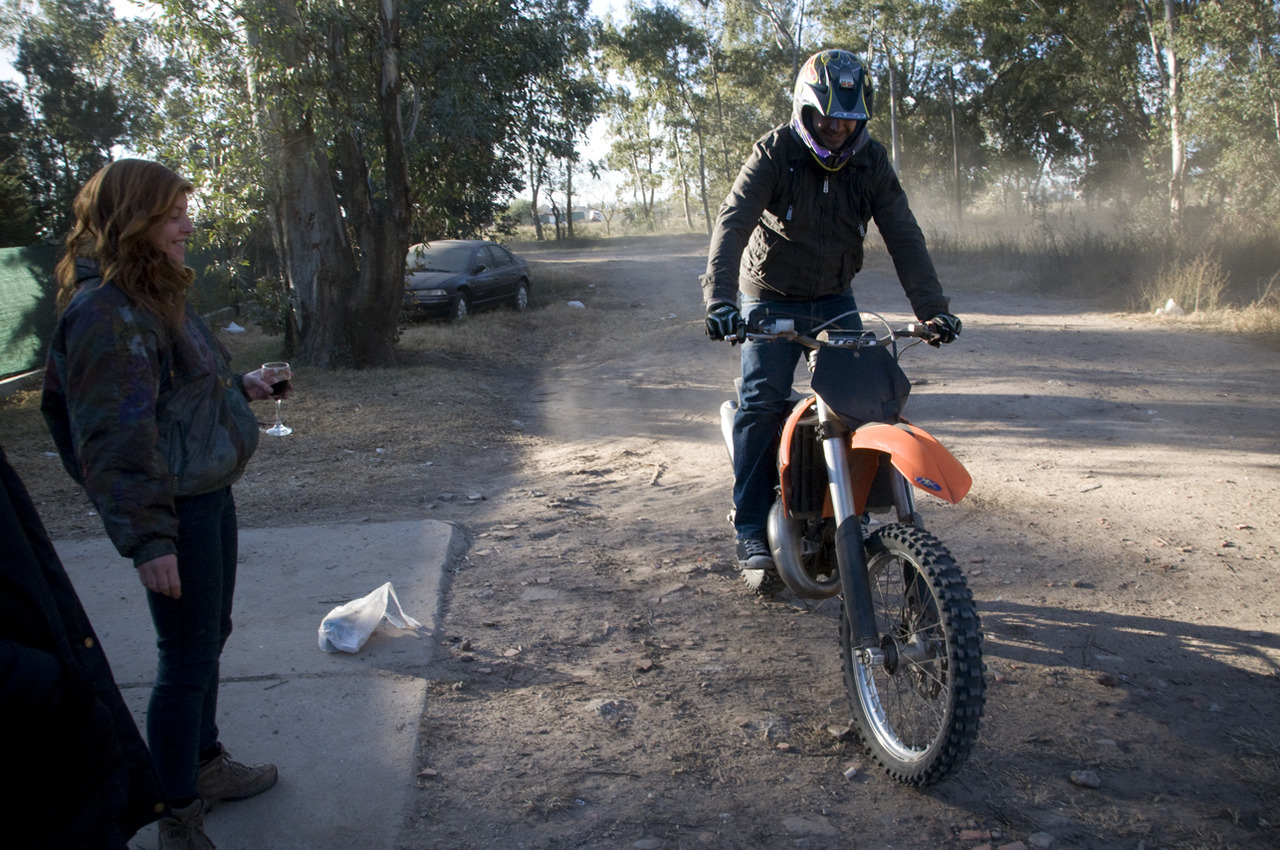 Then Remi brought out the bike Laboulaye, Argentina - © Diego Cupolo 2012