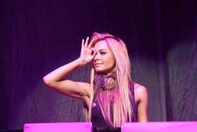 teamhavana:  Havana Brown at Planet Pit Tour, Brisbane