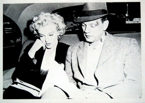 #Marilynettes ~ Marilyn Monroe and Joseph Cotten looking over the script together in the car. [Niagara 1952]